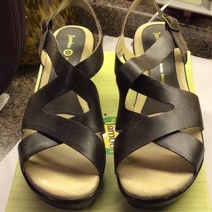 Jambu Brown Leather Comfort Sandals